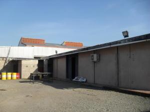 En Venta En Maracay - Zona Industrial San Vicente Código FLEX: 15-15514 No.2