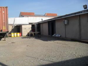 En Venta En Maracay - Zona Industrial San Vicente Código FLEX: 15-15514 No.3