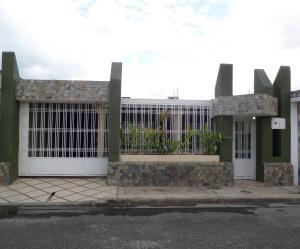 Casa En Venta En Cagua, El Bosque, Venezuela, VE RAH: 15-15542