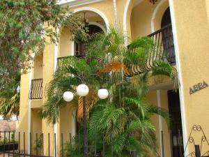 Casa En Venta En Maracaibo, Avenida Baralt, Venezuela, VE RAH: 15-15565