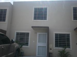 Casa En Venta En Barquisimeto, Terrazas De La Ensenada, Venezuela, VE RAH: 15-15718