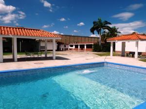 Casa En Venta En Maracay, La Morita, Venezuela, VE RAH: 15-15724