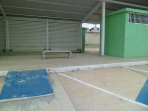 Local Comercial En Venta En Municipio Los Guayos, Buenaventura, Venezuela, VE RAH: 15-15740