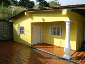 Casa En Venta En San Juan De Los Morros, Via Del Castrero, Venezuela, VE RAH: 15-15751
