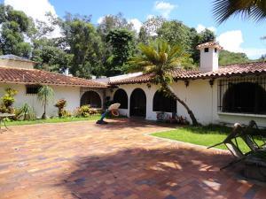 Casa En Venta En Caracas, Los Guayabitos, Venezuela, VE RAH: 15-15760
