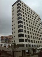 Apartamento En Venta En La Guaira, Macuto, Venezuela, VE RAH: 15-15943
