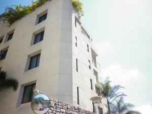 Apartamento En Venta En Caracas, Chulavista, Venezuela, VE RAH: 15-15957