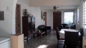 Casa En Venta En Maracaibo, La Limpia, Venezuela, VE RAH: 15-15388