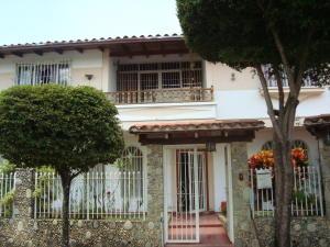 Casa En Venta En Caracas, Macaracuay, Venezuela, VE RAH: 15-16009