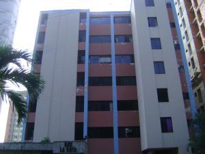 Apartamento En Venta En Valencia, Las Chimeneas, Venezuela, VE RAH: 15-16022