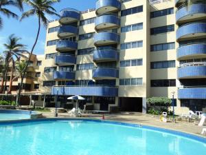 Apartamento En Venta En Boca De Aroa, Boca De Aroa, Venezuela, VE RAH: 15-16273