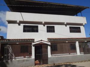 Casa En Venta En Caracas, El Junko, Venezuela, VE RAH: 15-16066
