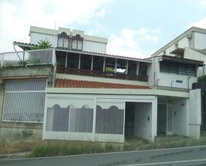 Casa En Venta En Caracas, Colinas De Bello Monte, Venezuela, VE RAH: 15-16090