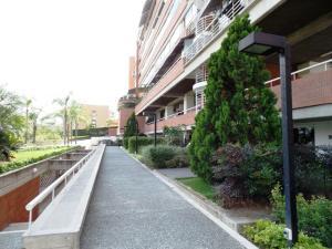 Apartamento En Venta En Caracas - Lomas de La Alameda Código FLEX: 15-16092 No.4