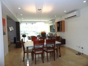 Apartamento En Venta En Caracas - Lomas de La Alameda Código FLEX: 15-16092 No.8