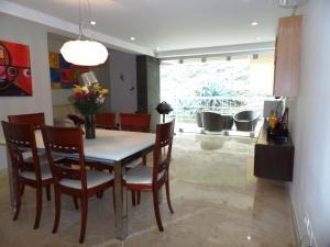 Apartamento En Venta En Caracas - Lomas de La Alameda Código FLEX: 15-16092 No.9