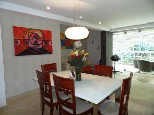 Apartamento En Venta En Caracas - Lomas de La Alameda Código FLEX: 15-16092 No.10