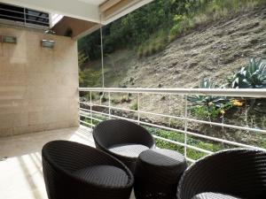 Apartamento En Venta En Caracas - Lomas de La Alameda Código FLEX: 15-16092 No.13