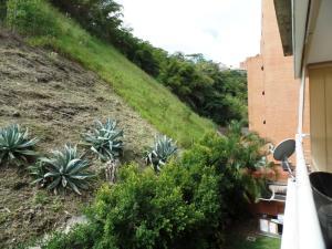 Apartamento En Venta En Caracas - Lomas de La Alameda Código FLEX: 15-16092 No.15