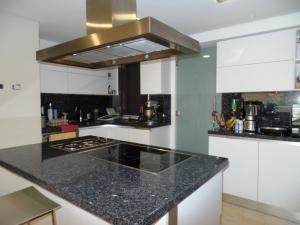 Apartamento En Venta En Caracas - Lomas de La Alameda Código FLEX: 15-16092 No.17