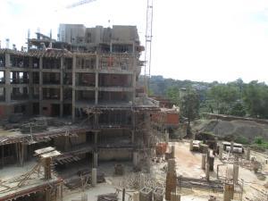 Apartamento En Venta En Caracas, Loma Linda, Venezuela, VE RAH: 15-16284