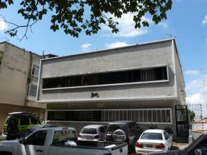 Apartamento En Venta En Caracas, La Carlota, Venezuela, VE RAH: 15-16149