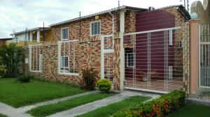Casa En Ventaen Turmero, Marina Caribe, Venezuela, VE RAH: 15-16192