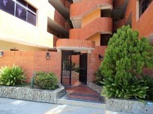 Apartamento En Venta En Boca De Aroa, Boca De Aroa, Venezuela, VE RAH: 15-16276