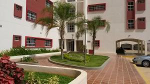 Apartamento En Venta En Maracaibo, Avenida Milagro Norte, Venezuela, VE RAH: 15-9749