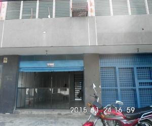 Local Comercial En Venta En Valencia, La Candelaria, Venezuela, VE RAH: 15-16350