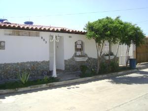 Casa En Venta En Municipio Garcia El Valle, La Cruz Del Pastel, Venezuela, VE RAH: 15-16375