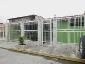 Casa En Venta En Maracay, La Morita, Venezuela, VE RAH: 15-16385