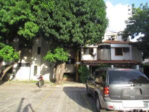 Apartamento En Venta En Valencia, El Rincon, Venezuela, VE RAH: 15-16417