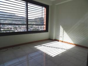 Apartamento En Venta En Caracas - Lomas de La Trinidad Código FLEX: 15-16427 No.17