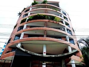 Apartamento En Venta En Maracay, La Soledad, Venezuela, VE RAH: 15-15862