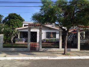Casa En Venta En Puerto Cabello, Cumboto, Venezuela, VE RAH: 15-16505