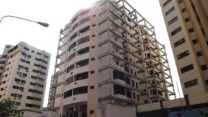 Apartamento En Venta En Valencia, El Bosque, Venezuela, VE RAH: 15-16506