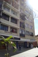 Local Comercial En Venta En Caracas, Vista Alegre, Venezuela, VE RAH: 15-16606