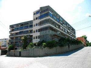 Apartamento En Venta En Higuerote, Carenero, Venezuela, VE RAH: 15-16631
