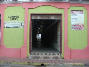 Local Comercial En Venta En Coro, Centro, Venezuela, VE RAH: 15-16638