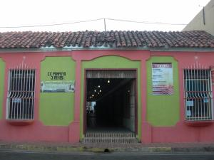 Local Comercial En Venta En Coro, Centro, Venezuela, VE RAH: 15-16641