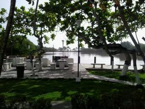 Apartamento En Venta En Rio Chico, Tacarigua La Laguna, Venezuela, VE RAH: 15-16651