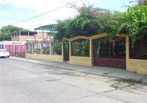 Terreno En Venta En Tinaquillo, Tinaquillo, Venezuela, VE RAH: 15-16688