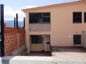 Casa En Venta En El Consejo, Terrazas De La Hacienda, Venezuela, VE RAH: 15-16684