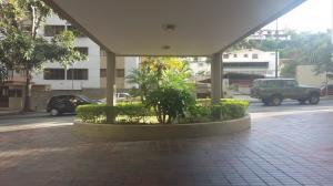 Apartamento En Venta En Caracas - Los Naranjos del Cafetal Código FLEX: 17-90 No.1