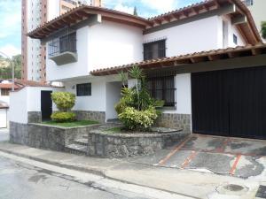 Casa En Venta En Caracas, Santa Paula, Venezuela, VE RAH: 16-31