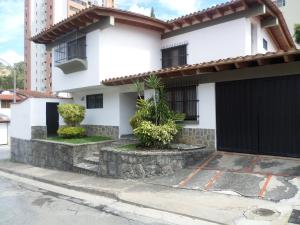 Casa En Ventaen Caracas, Santa Paula, Venezuela, VE RAH: 16-31