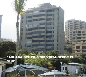 Apartamento En Ventaen Catia La Mar, Playa Grande, Venezuela, VE RAH: 16-64