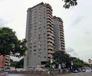 Apartamento En Venta En Caracas, La Carlota, Venezuela, VE RAH: 16-85