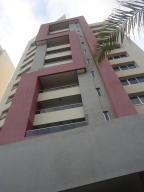 Apartamento En Venta En Maracaibo, El Milagro, Venezuela, VE RAH: 16-160